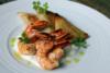 Crevettes aux baies roses et samoussas de potimarron