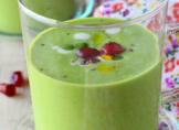Soupe fraîche petits-pois, coco & grenade