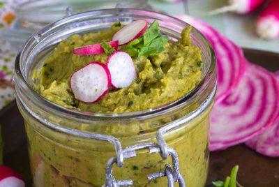 Recette d'hummus aux radis de Cuisine en Bandouli!re