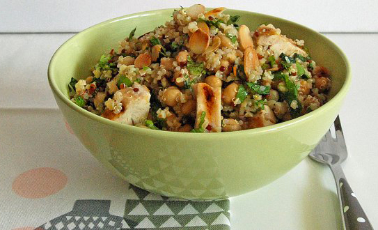 Taboulé de quinoa aux pois chiches, cumin et citron