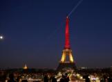Tour Eiffel aux couleurs belges